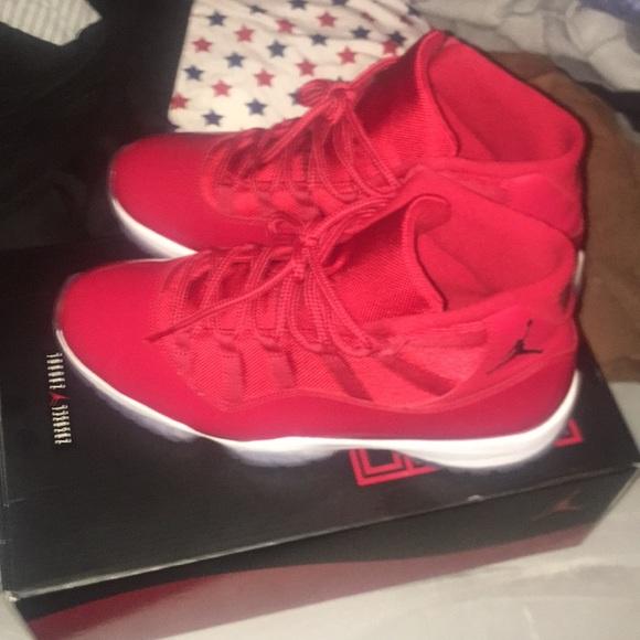 Jordan Shoes   Air 11s All Red